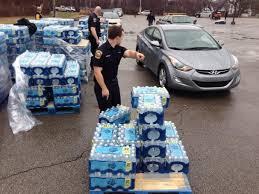 חלוקת מים במערב וירג'יניה בשל משבר המים