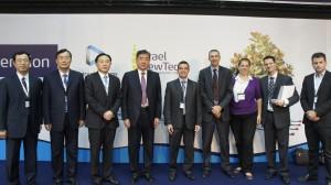 """מנכ""""ל משרד הכלכלה, מר עמית לנג, עם סגן מזכיר המפלגה של פרובינציית שנדונג"""