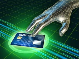 פרסומת לפינטק או סייבר - יד ממוחשבת עם כרטיס אשראי