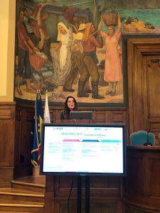 ראש המשלחת הכלכלית נואמת באירוע באוניברסיטת ACE בבוקרשט, רומניה