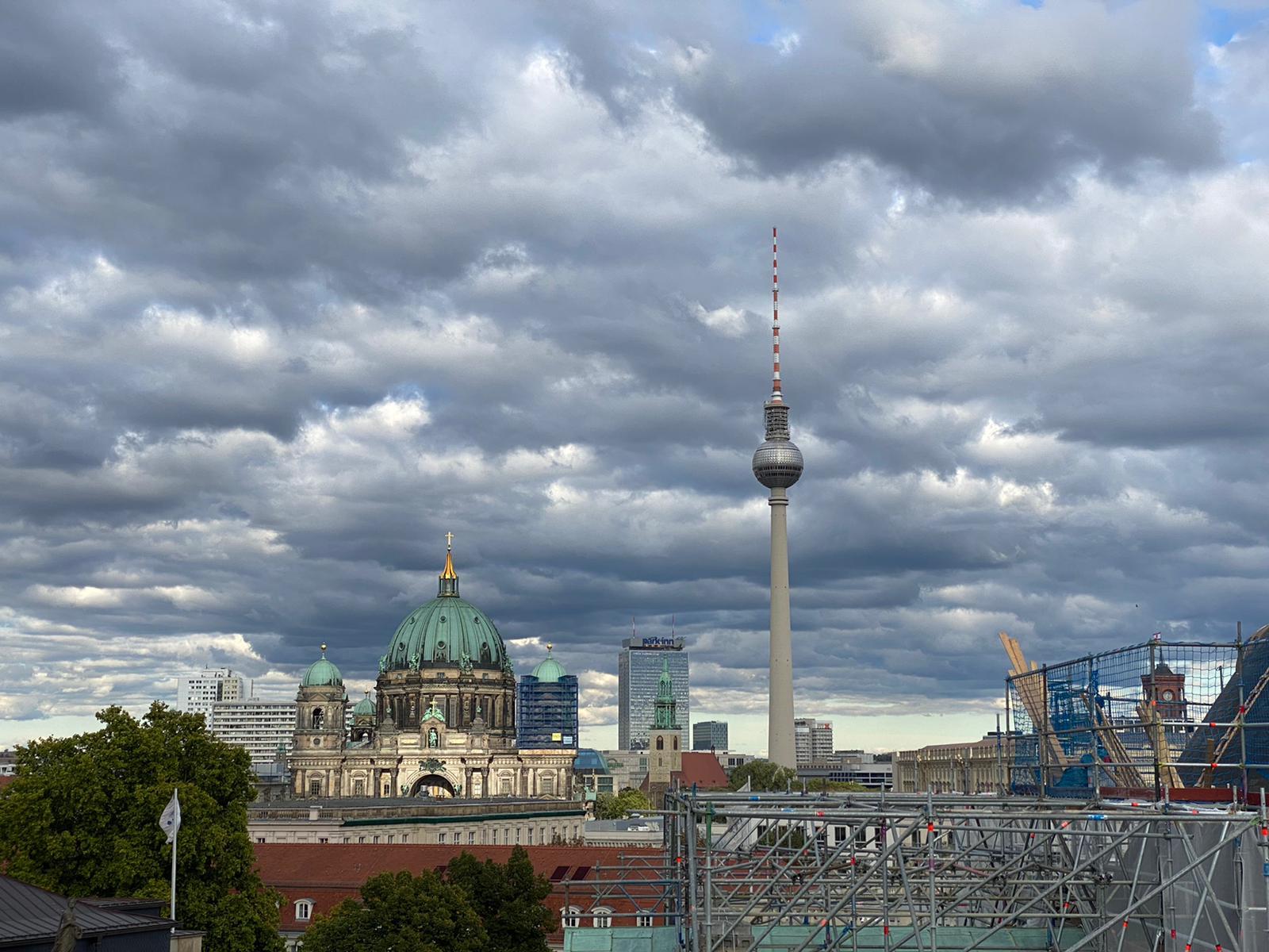 שמי ברלין צילום: אסתר אליאס