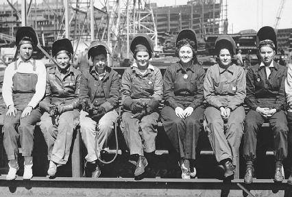 נשים החלו להיכנס לשוק התעסוקה עקב הליכת הגברים למלחמה