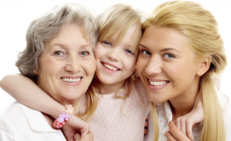האישה האוסטרית מסיימת לטפל בילדים ועוברת לטפל בהורים