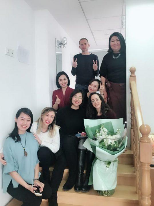 צוות הנספחות בבייג'ינג