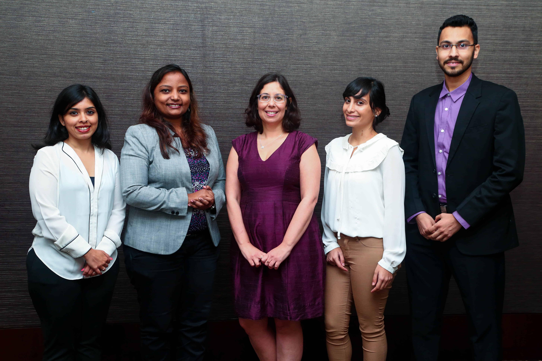 צוות הנציגות במומבאי עם דנה נהרי, ראשת הנציגות: Yogita Kale, Pearlini Wathore, Ayelet Dekel ו- Siddhant Gupte.