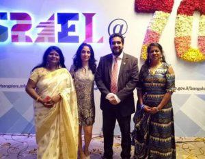 בתמונה: צוות הנספחות הכלכלית-מסחרית בבנגלור